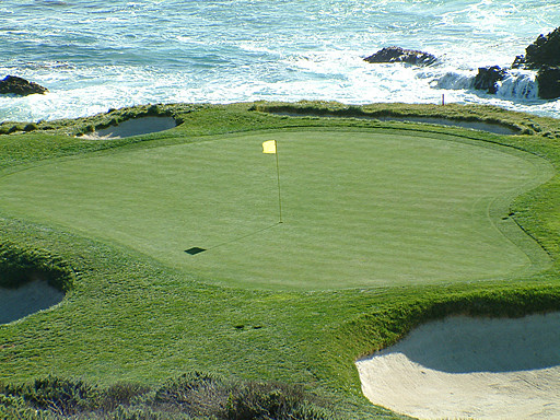 Here S An Added Bonus View Of The Short Downhill 106 Yard Par 3 7th Hole At Pebble Beach Golf Links Teeing Area Is Up And To Right Out